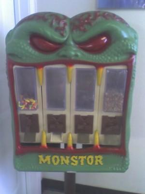 Misspelled (decrepit) candy vending machine